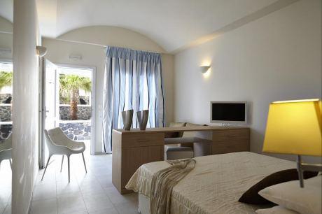 Почивка в Orizontes hotel &  villas 4*